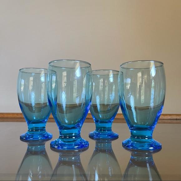 Set of 4 Footed Teardrop Cobalt Drinking Glasses